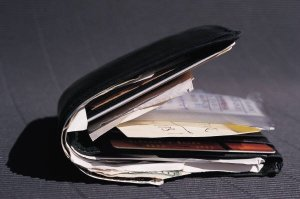 Un-arranged Wallet